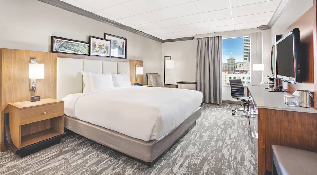 Doubletree Standard King City View